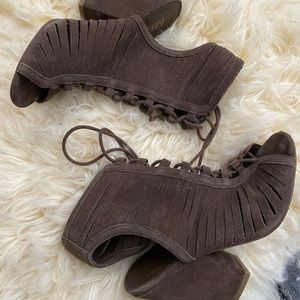 MIA brown suede sandal with laces up front